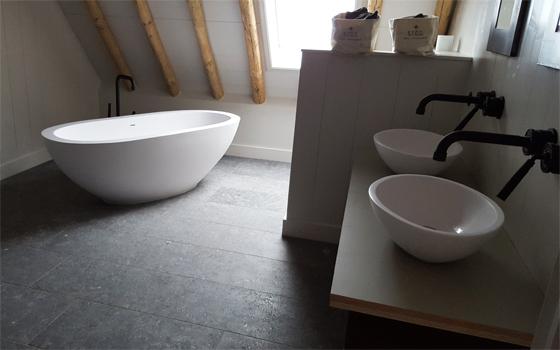 Design badkamer met bad